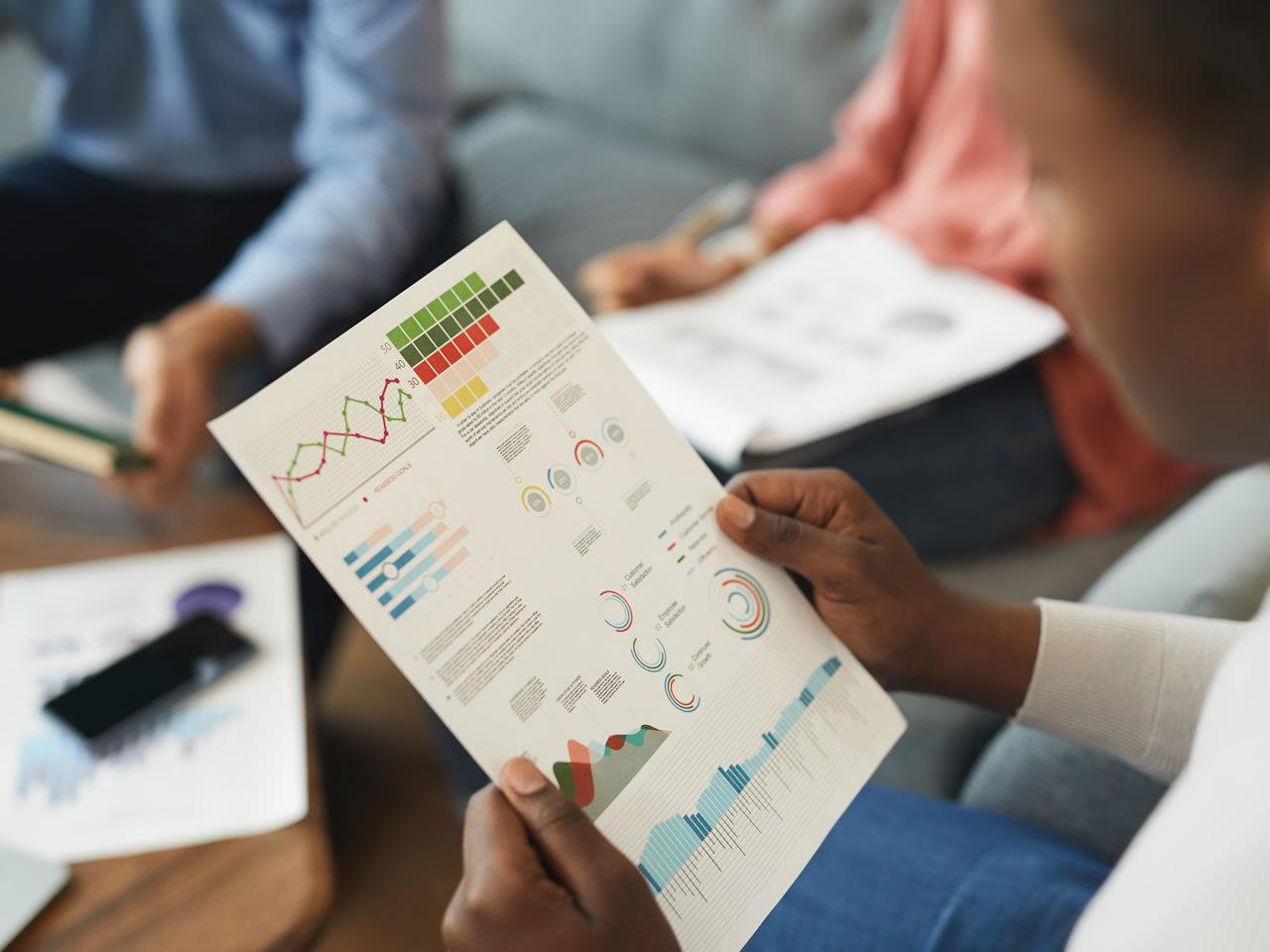 Suivi, évaluation et mesure d'impact